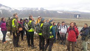 1. Preparant-nos per fer la marxa a la glacera de Foxfonna