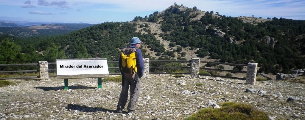 Cerro de la Huesa, 1824 m. Circular por el Pinar de la Vidriera (04/10/2020).
